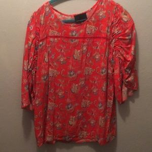 Gathered short sleeved top in good condition.
